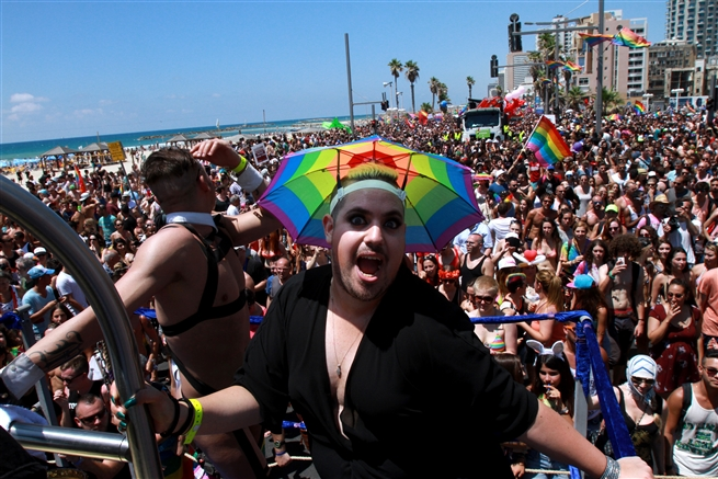 o-go boys and drag queens During a Gay Prade in Tel Aviv June 15